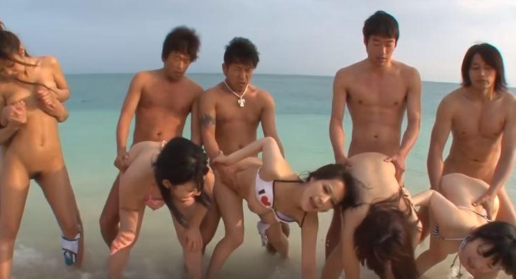 Đụ các người mẫu xinh đẹp ngoài bãi biển