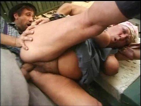 Bà lão nông dân xvideos