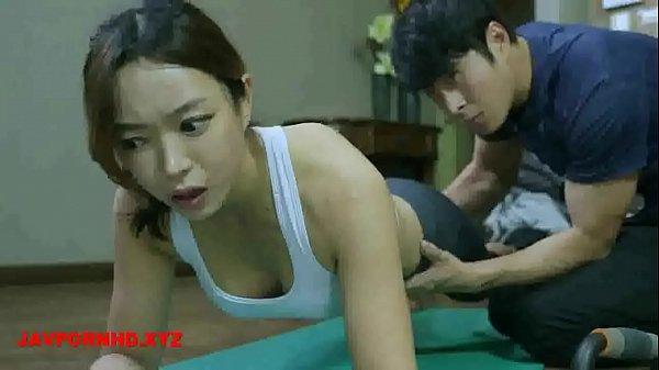 Thầy huấn luyện yoga địt học viên